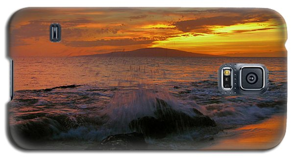 Galaxy S5 Case featuring the photograph Maui Sunset Reflections by Stephen  Vecchiotti