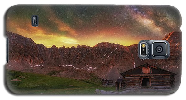 Galaxy S5 Case featuring the photograph Mayflower Milky Way by Darren White