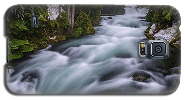 Galaxy S5 Case featuring the photograph Mckenzie River by Cat Connor