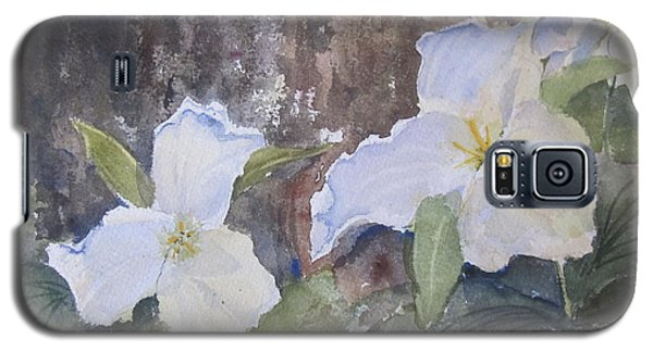 Galaxy S5 Case featuring the painting Meaghan's Trillium by Sandra Strohschein