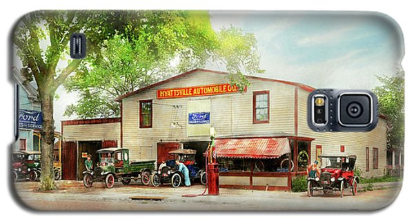 Galaxy S5 Case featuring the photograph Mechanic - All Cars Finely Tuned 1920 by Mike Savad