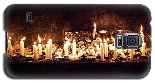 Memorial Candles Galaxy S5 Case by Yoel Koskas