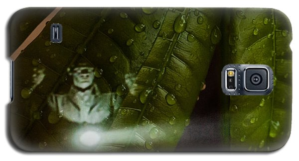 Men In Green Galaxy S5 Case by Randy Sylvia