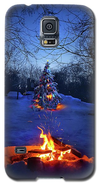 Galaxy S5 Case featuring the photograph Merry Christmas by Phil Koch