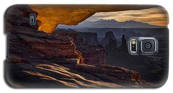 Galaxy S5 Case featuring the photograph Mesa Arch Glow by Jaki Miller