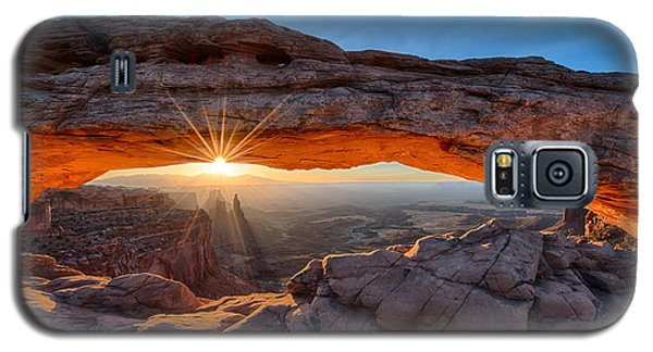 View Through The Mesa Arch At  Sunrise Galaxy S5 Case