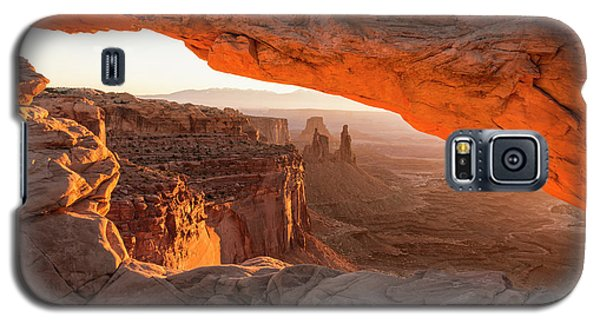 Mesa Arch Sunrise 5 - Canyonlands National Park - Moab Utah Galaxy S5 Case by Brian Harig