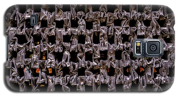 Metal Faces In Downtown Winter Park Florida Galaxy S5 Case