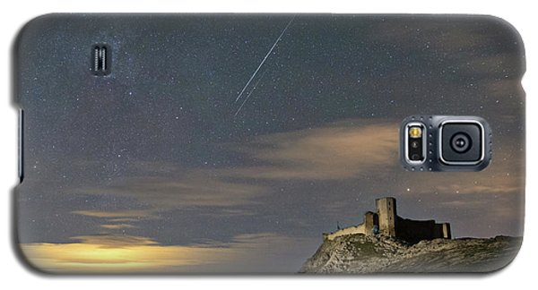 Meteors Above The Fortress Galaxy S5 Case