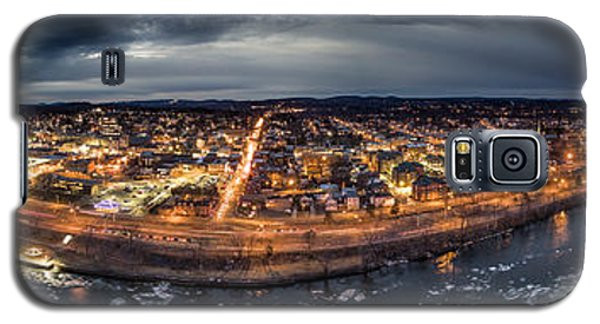 Galaxy S5 Case featuring the photograph Middletown Ct, Twilight Panorama by Petr Hejl