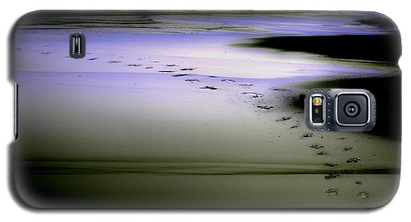 Galaxy S5 Case featuring the photograph Midnight Swim by Gray  Artus