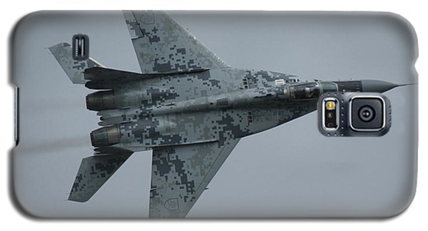 Galaxy S5 Case featuring the photograph Mikoyan-gurevich Mig-29as  by Tim Beach
