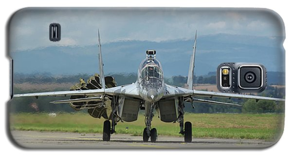 Galaxy S5 Case featuring the photograph Mikoyan-gurevich Mig-29ubs by Tim Beach