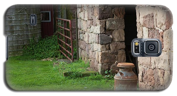 Milk Can At Stone Barn Galaxy S5 Case