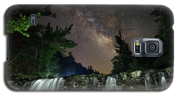 Milky Way Over Falling Waters Galaxy S5 Case