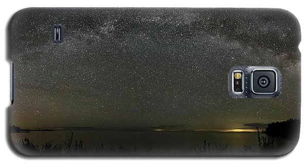 Milky Way Over Lake Michigan At Cana Island Lighthouse Galaxy S5 Case