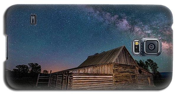 Milky Way Over Moulton Barn Galaxy S5 Case