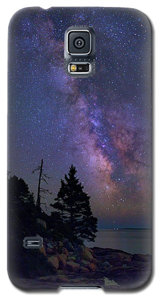 Otter Galaxy S5 Case - Milky Way Over Otter Point by Rick Berk
