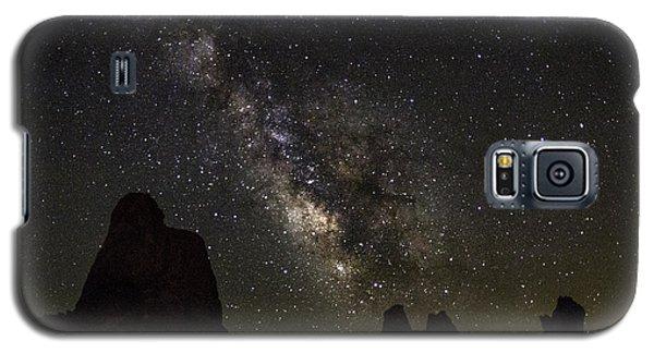 Milky Way Over Trona Pinnacles Galaxy S5 Case