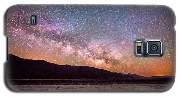 Milkyway Over Death Valley Galaxy S5 Case