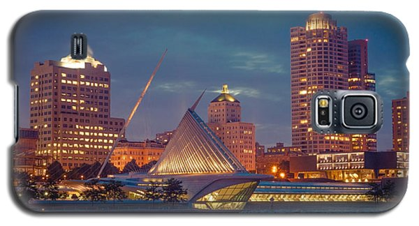 Milwaukee Skyline At Dark Galaxy S5 Case