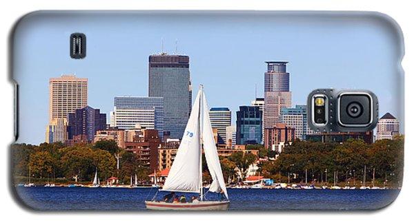 Minneapolis Skyline Lake Calhoun Sailing Galaxy S5 Case