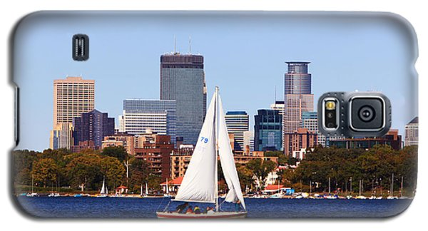 Minneapolis Skyline Lake Calhoun Sailing Galaxy S5 Case