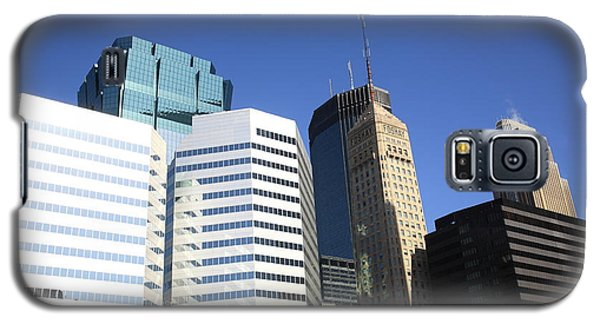 Galaxy S5 Case featuring the photograph Minneapolis Skyscrapers 11 by Frank Romeo