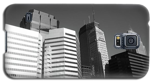 Galaxy S5 Case featuring the photograph Minneapolis Skyscrapers Bw 5 by Frank Romeo