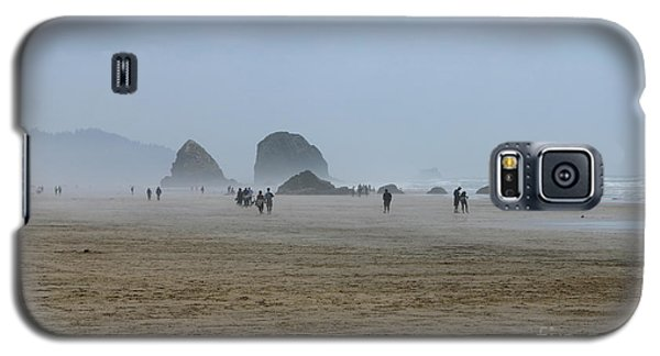 Misty Morning At Cannon Beach Galaxy S5 Case by Christiane Schulze Art And Photography