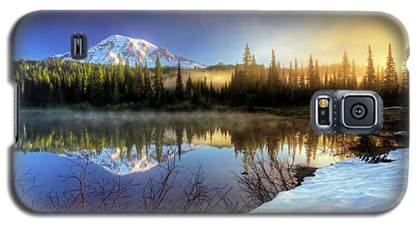 Misty Morning Lake Galaxy S5 Case