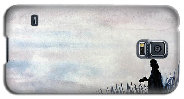 Galaxy S5 Case featuring the painting Misty Morning Photographer by Tom Riggs