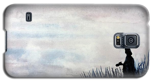 Misty Morning Photographer Galaxy S5 Case by Tom Riggs