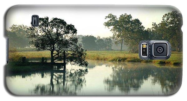Misty Morning Pond Galaxy S5 Case