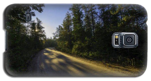Misty Morning Walk Through The Woods Galaxy S5 Case