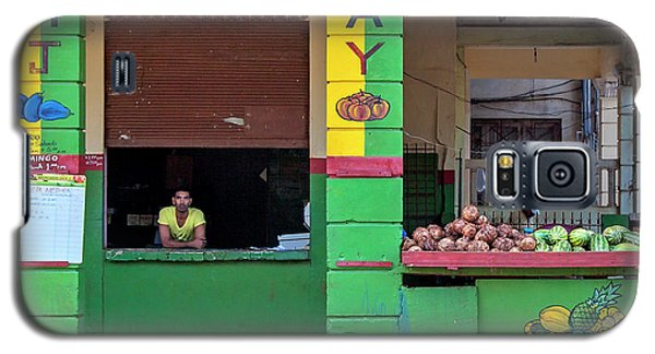 Galaxy S5 Case featuring the photograph Mjay Fruit Stand Havana Cuba by Charles Harden