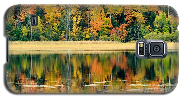 Mn Fall Fishing Galaxy S5 Case