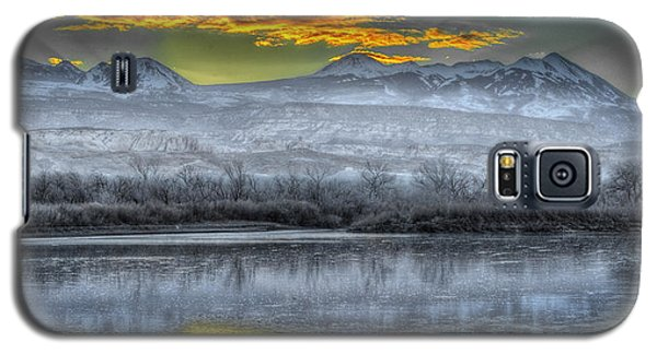 Galaxy S5 Case featuring the photograph Moab Sunrise by Wendell Thompson