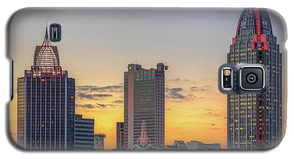 Mobile Skyline At Sunset Galaxy S5 Case