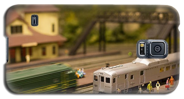 Galaxy S5 Case featuring the photograph Model Trains by Patrice Zinck