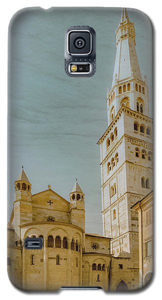 Galaxy S5 Case featuring the photograph Modena, Italy - Modena Cathedral by Mark Forte