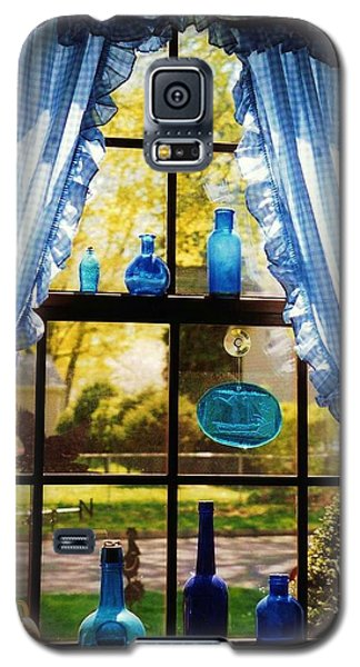 Galaxy S5 Case featuring the photograph Mom's Kitchen Window by John Scates