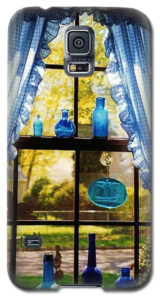 Mom's Kitchen Window Galaxy S5 Case by John Scates