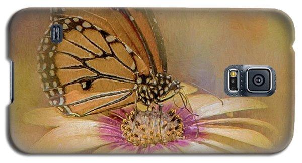 Monarch On A Daisy Mum Galaxy S5 Case