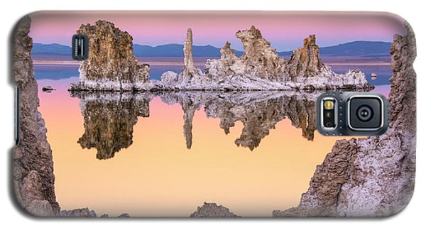 Mono Lake Through A Tufa Frame Galaxy S5 Case