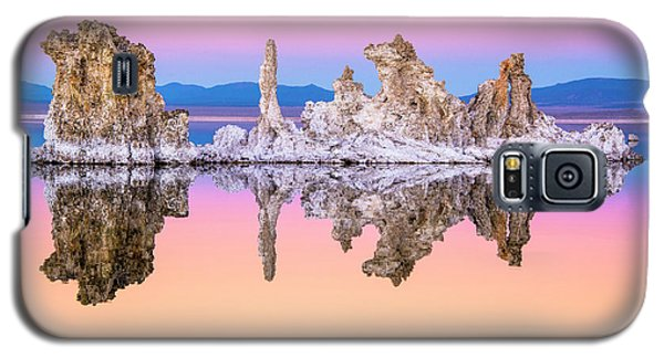 Mono Lake Tufa At Dusk Galaxy S5 Case