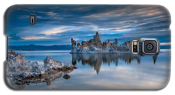 Galaxy S5 Case - Mono Lake Tufas by Ralph Vazquez