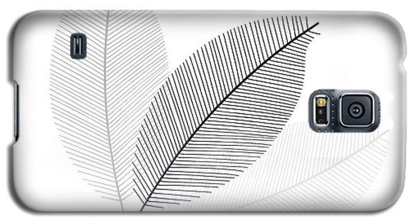 Monochrome Leaves Galaxy S5 Case