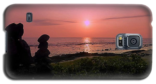 Galaxy S5 Case featuring the photograph Monoliths At Sunset by Lori Seaman