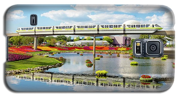Monorail Cruise Over The Flower Garden. Galaxy S5 Case